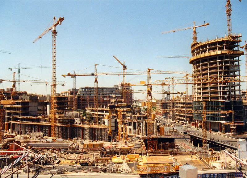 Plastering Belfast v Posdammer Platz Berlin was Machine.