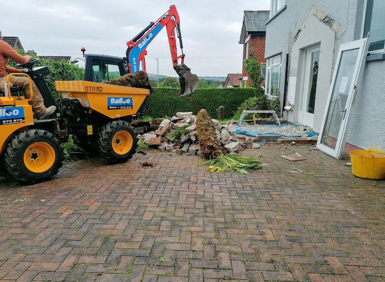Builders Belfast Massey Park Belfast 4